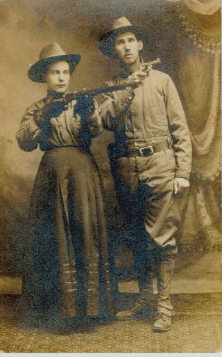 WOODRUFF Couple, early 1900s